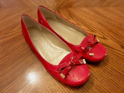 971c634533c TAHARI Maddie Red Patent Leather Round Toe Bow Flat Loafers Shoes Size 7M