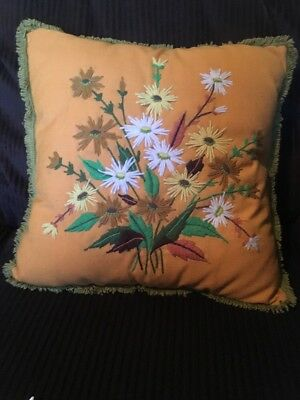 VINTAGE Crewel Embroidery Linen Pillow with Hand Tied Fringe Daisies