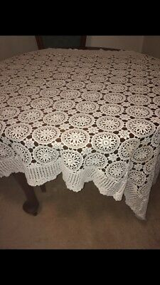 Vintage Crochet Lace Table Cloth - Rectangle - White- Scalloped Edging