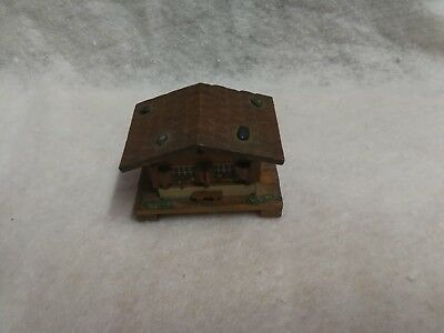 Swiss Chalet wooden Trinket Box Vintage hand Painted detail  V. G.C. Cute !