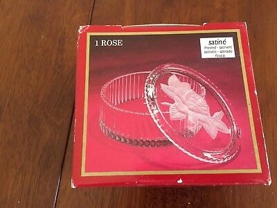 "NEW -24% Lead Crystal - rose embellished dish with lid 7"" x 12"""