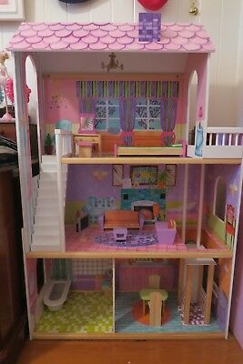 KidKraft Dollhouse, incl all accessories, exc condition, pick up Brisbane only