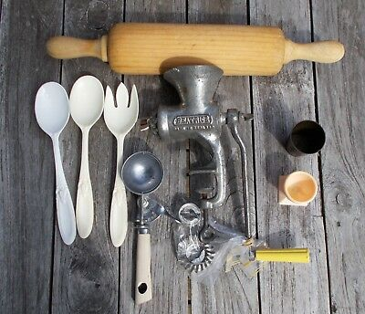 Bargain Buy Lot Vintage Collectable Lot KITCHENALIA Rolling Pin Meat Grinder etc