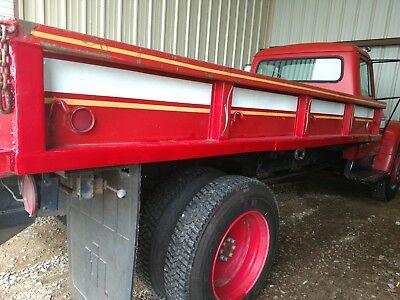 1976 International Harvester Other Standard 1976 International truck 1700 Loadstar