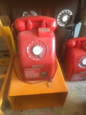 30c Victa Red Payphone Public Telephone Coin Phone Telecom On Stand