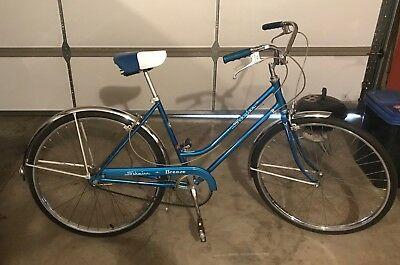 523355ee197 Vintage 1970's Schwinn Breeze Womens 3 Speed Bicycle with All Original Parts