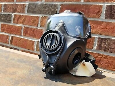 Avon US M53 FM53 Gas Mask Right Handed Medium with Extras CBRN Protective