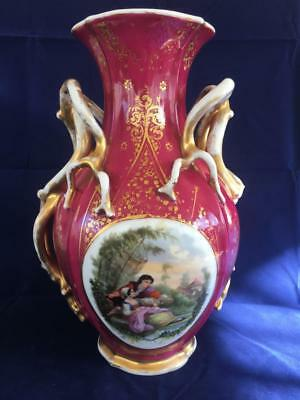 ANTIQUE 19th CENTURY MEISSEN / DRESDEN PORCELAIN HAND PAINTED VASE.