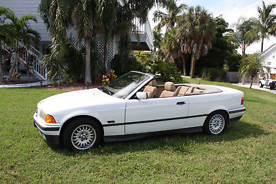 1994 BMW 3-Series BASE CONVERTIABLE 1994 BMW  318ic  Classic, restore or for parts.