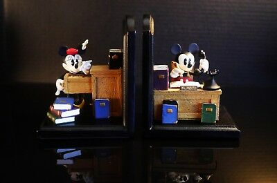 Disney Mickey & Minnie Mouse Bookends (1980's-90's) Collectable
