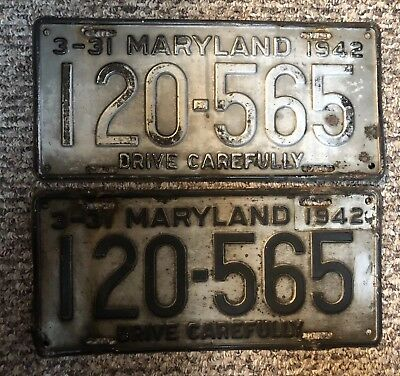 1942 Maryland License Plates matched pair / Antique License Plates