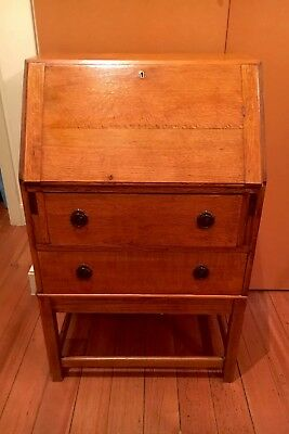 Vintage Oak Writing Desk In Excellent Condition