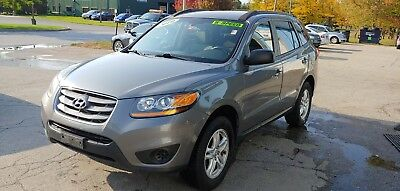 2010 Hyundai Santa Fe GLS 2010 Hyundai Santa Fe SUV FWD 5-Speed Manual Grey Black Tow Package Bluetooth