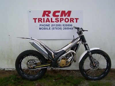 Red 2007 Gasgas Txt Pro 125 Trials Bike Ideal Starter Bike Great Condition