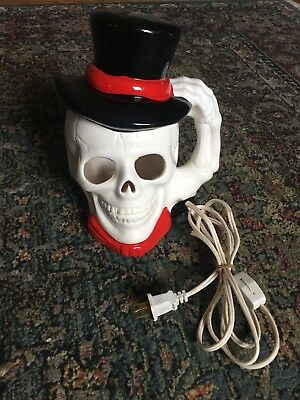 Vintage Ceramic Skull Skeleton Head Lighted Halloween