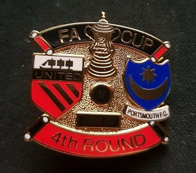 FA CUP - United V Portsmouth F.C. 4th Round (January 07) RARE PIN BADGE