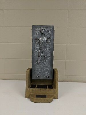 Sideshow Collectibles Premium Format Han Solo In Carbonite
