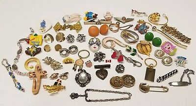 JUNK DRAWER LOT, COLLECTABLES, NEW, OLD, VINTAGE, JEWELRY Pins, Broaches