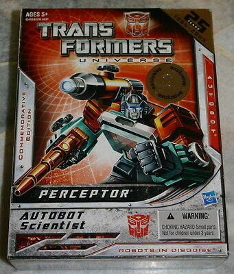 Hasbro Transformers PERCEPTOR G1 Commemorative Book Reissue Toysrus Exclusive