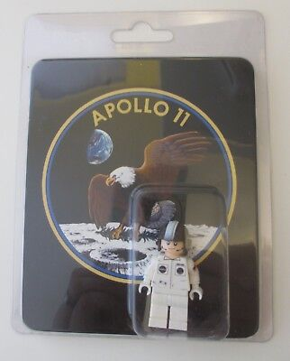 LEGO NASA Apollo 11 Saturn V Neil Armstrong Astronaut Exclusive Minifig NIB