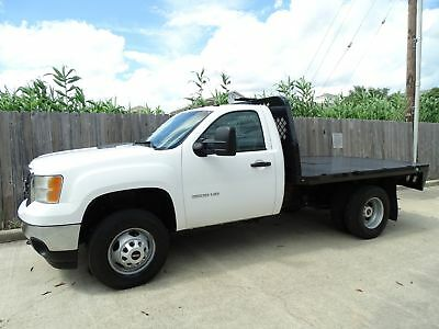 2011 GMC Sierra 3500HD WT 2011 GMC Sierra 3500HD Regular Cab 4x4 Flatbed 6.6L Duramax Turbo Diesel Engine