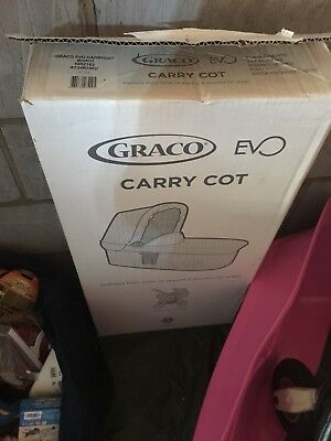 Graco Evo Carrycot Khaki New Boxed