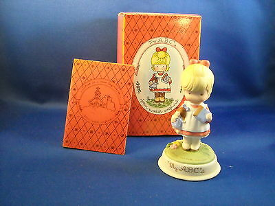 """Vtg Avon 1986 """"my Abc's"""" - Joan Walsh Anglund Collection Porcelain Girl"""