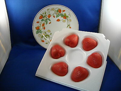 Avon Strawberry Porcelain Plate  And Guest Soaps  1978-1979