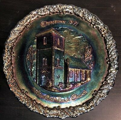 """Vintage Fenton Christmas 1971 """"The Old Brick Chruch"""" Carnival Glass Plate"""