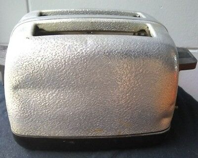 Rare Vintage UNKNOWN MANUFACTURER Electric Toaster*