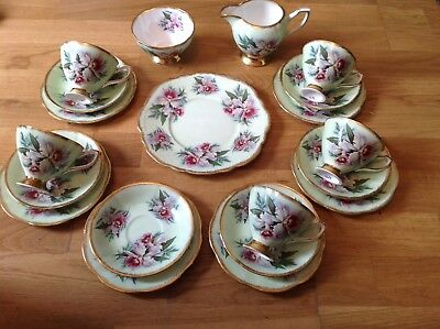 Stunning Vintage Clare China 20 Piece Tea Set Mint Green Floral Pattern 1165