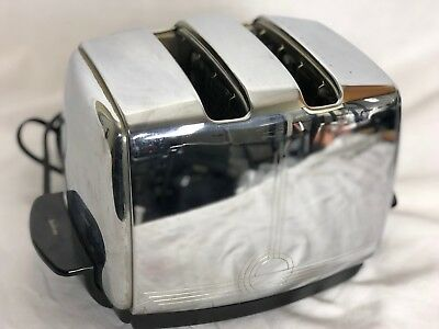 Sunbeam T20C Radiant Controlled Toaster with Art Deco design Vintage Late 1950s