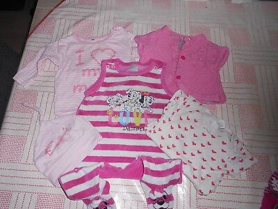 ENSEMBLE de 5 pieces BEBE( T62) grenouilliere+body+bonnnet+teeshirt+gilet