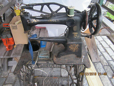 Singer 29-4 Industrial Cylinder Arm Sewing Machine Patcher - Recently Serviced