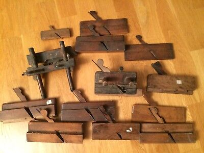 Job lot of assorted old wooden moulding planes - vintage woodworking tools