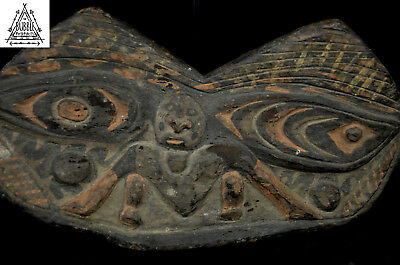 Old Fine Amulet Carving from the Grasslands, East Sepik, PNG, Papua New Guinea