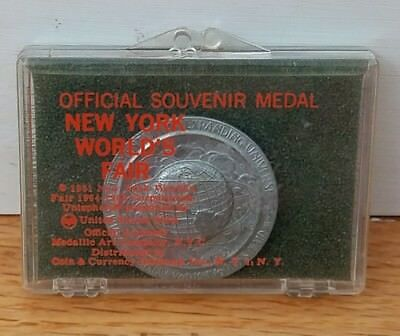 Official Souvenir Medal New York World's Fair 1964-1965 Medallic Art 1961 NY