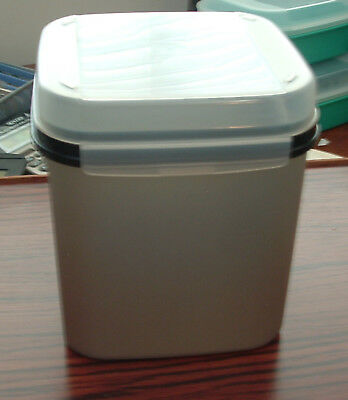 Tupperware Square 17 Cup Modular Mate #3 Silver Container Hinged Lid