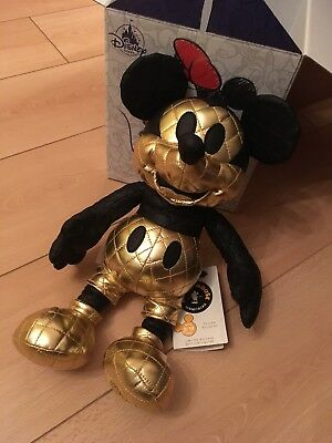 Disney Mickey Mouse Memories August Plush BNWT Limited Edition Sold Out