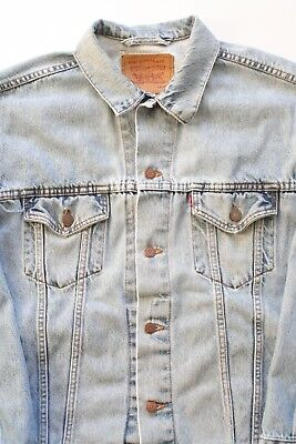 Vintage Levis Trucker Denim Jacket Light Wash USA Made Size Large Distressed