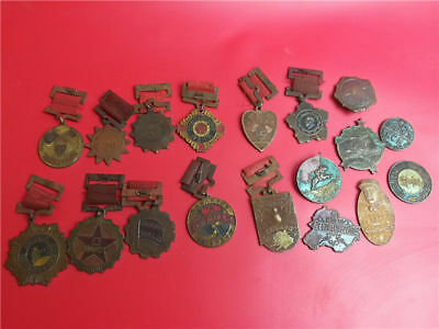 18pcs collectable old chinese different Anti-Japanese War hero medal MEDALS