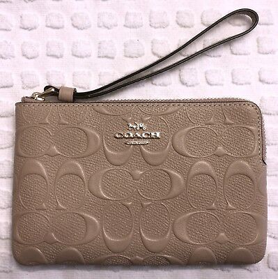 Nwt Authentic Coach Wristlet Putty Signature Debossed Leather Gold Metal Logo