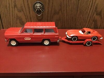 Vintage Tonka Red Jeep Wagoneer, Trailer And Corvette 1960's Real Good Condition