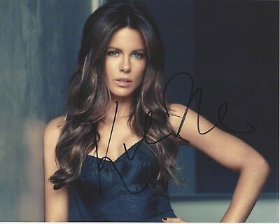 Sexy Actress Kate Beckinsale Signed Underworld Movie 8X10 Photo A W/Coa