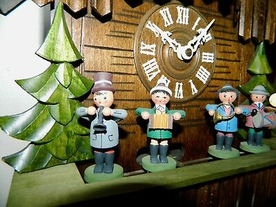 ****X LARGE VINTAGE Oompah Band  Musical German Black Forest Cuckoo Clock*****