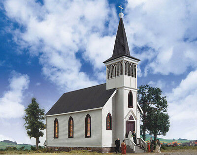 Walthers Cornerstone HO Scale Building/Structure Kit Cottage Grove Church
