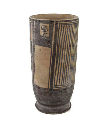 Pre-Columbian Pottery CHANCAY vessel vase. Cylindrical vessel with a handle