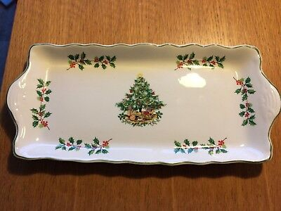 Christmas Mince Pie dish. Made in England by Staffordsh. Designed by James Kent.