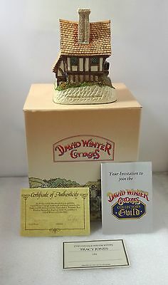 David Winter The Weavers Lodgings  In Excellent Condition 1991