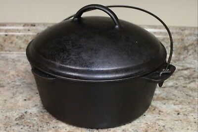 VINTAGE CAST IRON DUTCH OVEN No. 8 WITH SELF BASTING LID - SEASONED